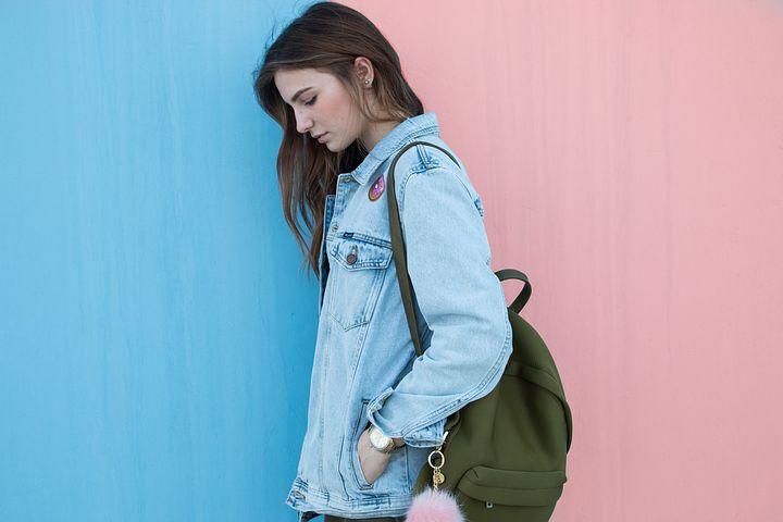 Plecak jako elegancki dodatek do garderoby – czy to możliwe?