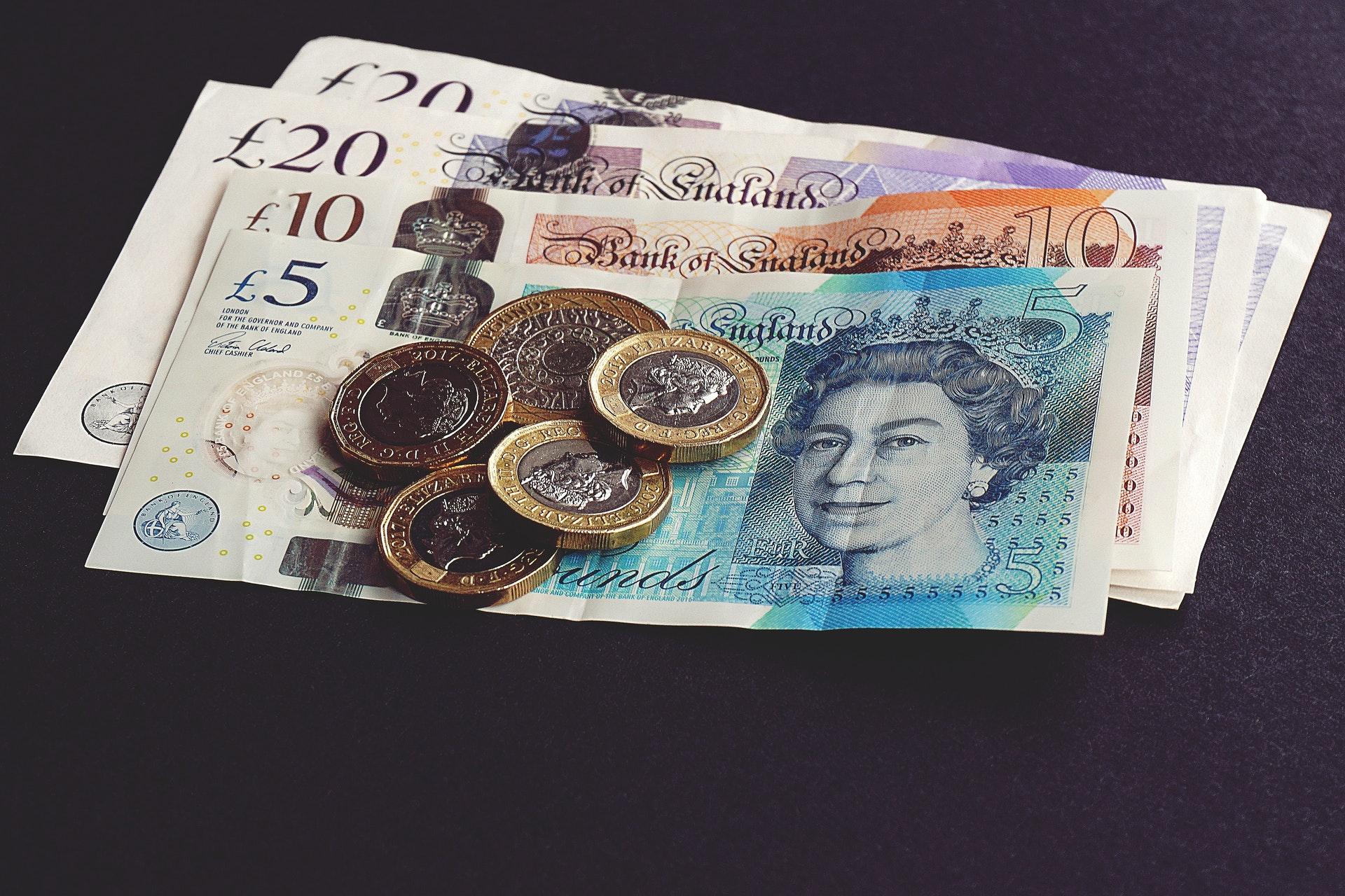 Przelewy pieniędzy z Polski do UK po Brexicie – czy coś się zmieniło?